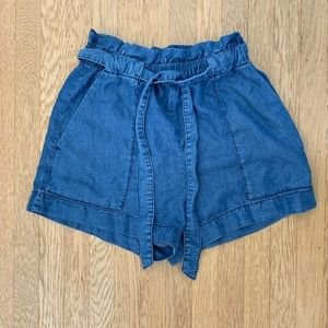 H&M blue tie shorts with deep pockets